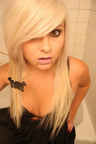 Blonde Emo Hairstyles For